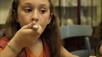 Kraft Cheese TV Spot, 'The Villeres' - Thumbnail 6
