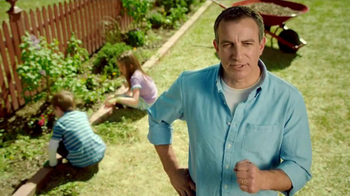 Preen Mulch Plus TV Spot, 'Building Character'