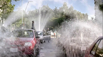 Lipton 100% Natural TV Spot, 'Traffic' Song by Givers - Thumbnail 2