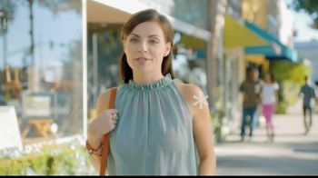 Mederma TV Spot, 'Stand Out'
