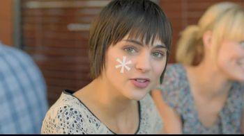 Mederma Advanced TV Spot, 'Meeting Someone New'