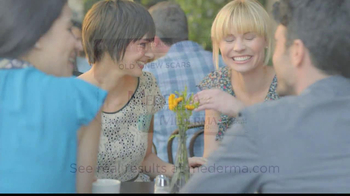 Mederma Advanced TV Spot, 'Meeting Someone New' - Thumbnail 7
