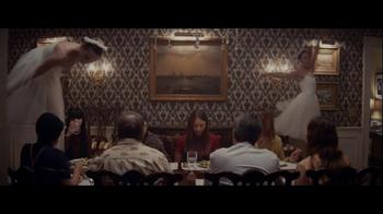Facebook Home TV Spot, 'Family Dinner' - Thumbnail 5