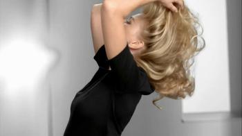 Pantene TV Spot, 'Hair Flip Off' Featuring Naomi Watts - Thumbnail 1