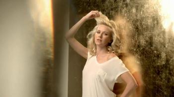 Pantene TV Spot, 'Hair Flip Off' Featuring Naomi Watts - Thumbnail 7