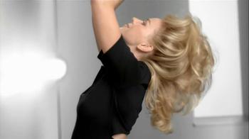 Pantene TV Spot, 'Hair Flip Off' Featuring Naomi Watts - Thumbnail 8