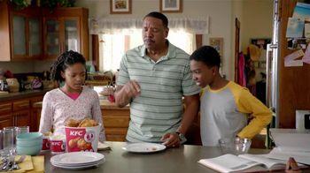 KFC Original Recipe Boneless TV Spot, 'Dad Ate the Bone' - 2271 commercial airings