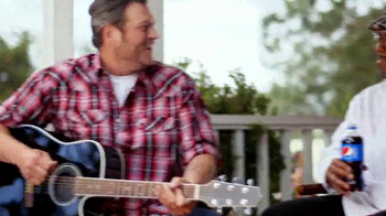 Pizza Hut Barbecue Pizzas TV Spot Featuring Blake Shelton - Thumbnail 6