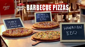 Pizza Hut Barbecue Pizzas TV Spot Featuring Blake Shelton - Thumbnail 7