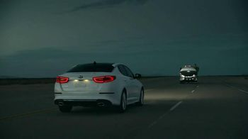 Kia Optima TV Spot, 'Looking Out' - 696 commercial airings
