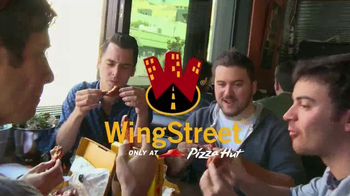 Pizza Hut WingStreet TV Spot, 'Sports Bar Test' - Thumbnail 2