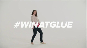 Loctite Super Glue TV Spot, 'Dance' - Thumbnail 3