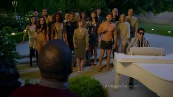 Visit Las Vegas TV Spot, 'Carolers'
