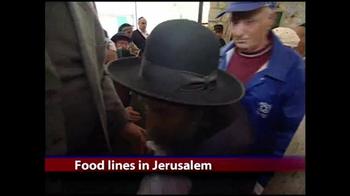 IFCJ TV Spot, 'Emergency Food Box' Featuring Rabbi Yechiel Eckstein - Thumbnail 2