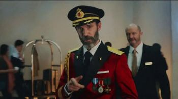 Hotels.com TV Spot, \'Captain Obvious Tip\'