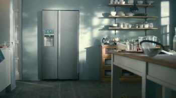 Samsung Food ShowCase Refrigerator TV Spot, 'Mom's Birthday Surprise' - Thumbnail 10