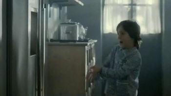 Samsung Food ShowCase Refrigerator TV Spot, 'Mom's Birthday Surprise' - Thumbnail 4