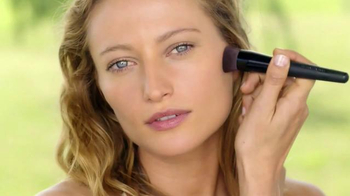 Bare Minerals Bare Skin TV Spot, 'Pure Brightening' Song by Natalie Taylor - Thumbnail 6