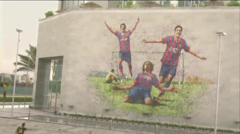 Qatar Airways TV Spot, 'FC Barcelona' - Thumbnail 5