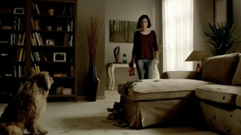 Resolve Stain Remover TV Spot, 'Muddy Couch' - Thumbnail 5