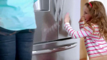 Frigidaire Time-Saving Legend Continues TV Spot, 'Zoe & Carter' - Thumbnail 3