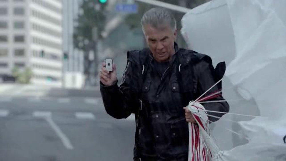 GreatCall Splash TV Commercial Featuring John Walsh, 'Live Life Fearlessly'