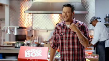 Pizza Hut Dinner Box TV Spot Featuring Blake Shelton - Thumbnail 9