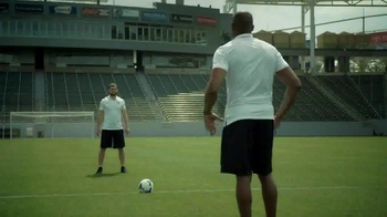 Panini TV Spot, 'Collect' Featuring Kobe Bryant, Andrew Luck, Jozy Altidore - Thumbnail 7