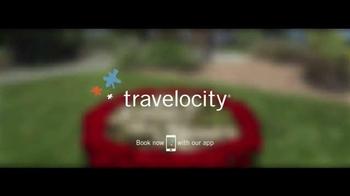 Travelocity TV Spot, 'Beached' - Thumbnail 10