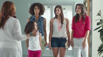 Old Navy Crops & Shorts TV Spot Con Dascha Polanco [Spanish] - Thumbnail 7