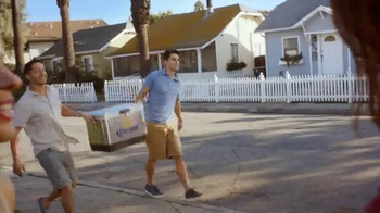 Corona Extra TV Spot, 'Cooler Box'
