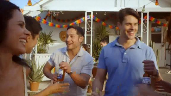Corona Extra TV Spot, 'Cooler Box' - Thumbnail 4