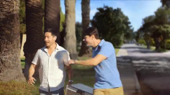 Corona Extra TV Spot, 'Cooler Box' - Thumbnail 7