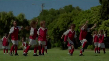 Band-Aid Comfort Sheer TV Spot, 'Soccer Game' - Thumbnail 1