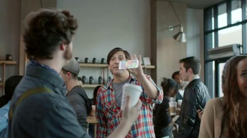 Virgin Mobile Galaxy S5 TV Spot, 'Let's Be Cool' - Thumbnail 3