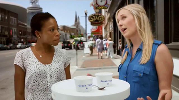 Yoplait 100 Calorie Strawberry Greek Yogurt TV Spot, 'Music City Taste-Off'