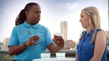 Yoplait 100 Calorie Strawberry Greek Yogurt TV Spot, 'Music City Taste-Off' - Thumbnail 8
