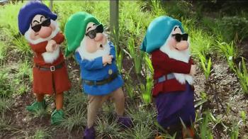 Disney World Seven Dwarfs Mine Train TV Spot, 'Heigh-Ho' - Thumbnail 9