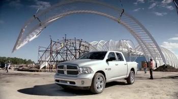 Ram Trucks TV Spot, 'Maravilla Moderna' [Spanish] - Thumbnail 2