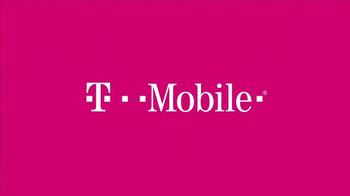 T-Mobile TV Spot, 'Shakira y la Familia' [Spanish] - Thumbnail 1