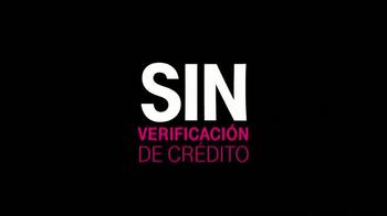T-Mobile TV Spot, 'Shakira y la Familia' [Spanish] - Thumbnail 9