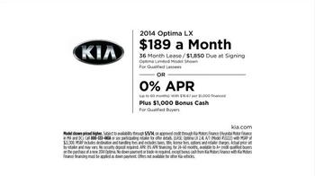 2014 Kia Optima LX TV Spot, 'Backup Warning System' - Thumbnail 9