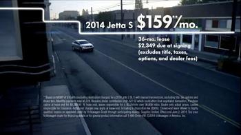 Volkswagen TV Spot, 'Memorial Day Event' - Thumbnail 4