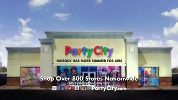 Party City TV Spot, 'Dive into a Fun-in-the-Sun Summer Party!' - Thumbnail 9