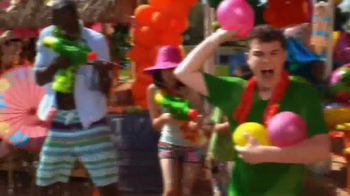 Party City TV Spot, 'Dive into a Fun-in-the-Sun Summer Party!' - Thumbnail 4