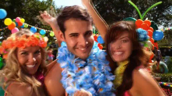 Party City TV Spot, 'Dive into a Fun-in-the-Sun Summer Party!' - Thumbnail 7