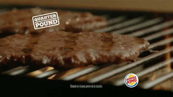 Burger King Big King TV Spot, 'Dos por $5: Más Carne' [Spanish] - Thumbnail 2