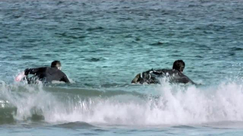 Scottrade TV Spot, 'Competitive Surfer' - Thumbnail 2