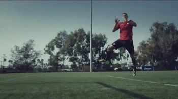 Degree Deodorants TV Spot, 'DO:MORE for U.S. Soccer' Feat. Clint Dempsey - Thumbnail 3