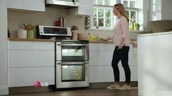 LG EasyClean TV Spot, 'Mom Confession: Self-Cleaning Oven' - 813 commercial airings